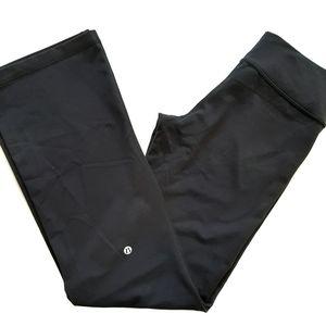 SALE🔥 Lululemon  Black yoga pants size 6